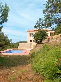 villa and new swimming pool