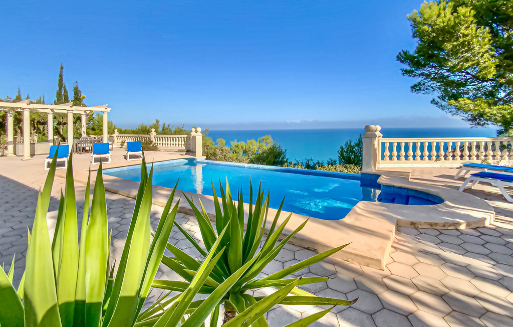 Villas In Spain Find A Luxury Villa In Spain To Rent